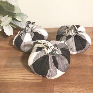 TARGET   Set Of 3 Buffalo Plaid Small Pumpkins
